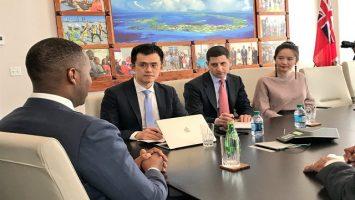Binance podpisuje umowę na 15 milionów dolarów z Bermudami